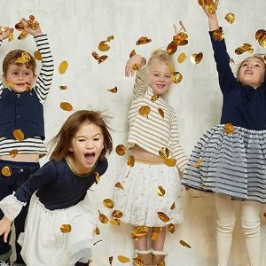 Up to 40% Off + Free ShippingKids Items Sale @PetitBateau