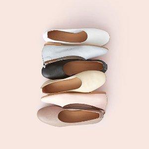 低至5折 €69收封面同款Everlane 舒适简约鞋履热卖 性冷淡风凹造型必备