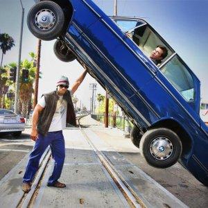 安全≠重量《汽车频道驾驶学院》车辆减重那些事儿