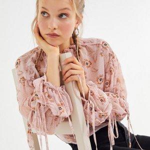 整单8.3折 仅限2天最后一天:Urban Outfitters 全场男女美衣大促热卖