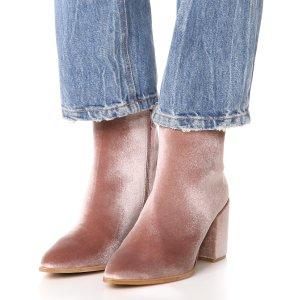 $179.6 (原价$535)Stuart Weitzman Trendy 丝绒踝靴3.4折热卖 码全
