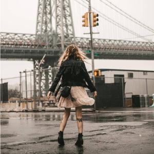 低至5折 $37收百搭上衣AllSaints 率性女孩设计感秋冬穿搭特卖