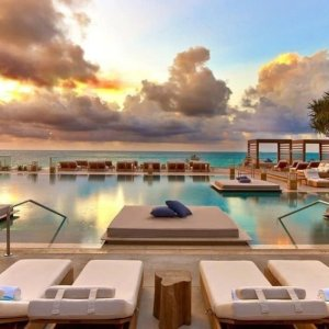 Up to 50% OffMiami Hotels Sale