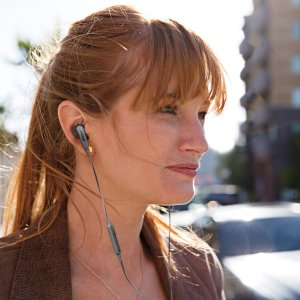 现价€49.99 (原价€99.95)Bose 运动耳机热卖 舒适度首选