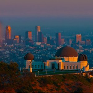 From $108Chicago To Los Angeles RT Airfare