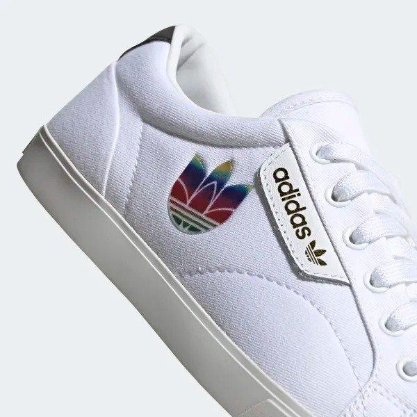 Sleek Lo 女款小白鞋