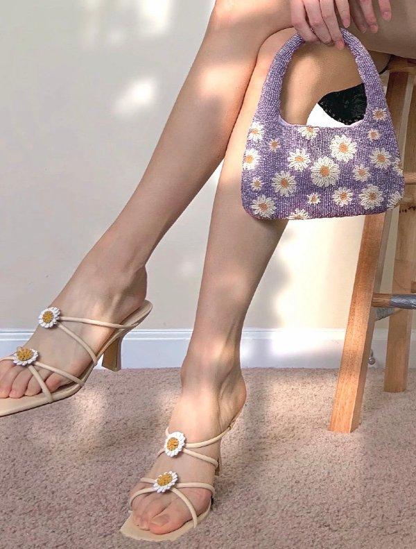 爆款雏菊凉鞋
