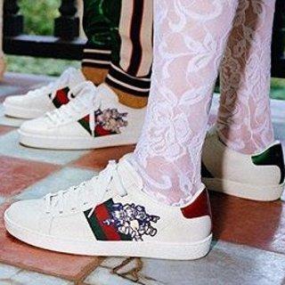 无门槛7折 收小白鞋、T恤Base Blu 美鞋美衣换季热促 Gucci、Balenciaga、YSL全都有