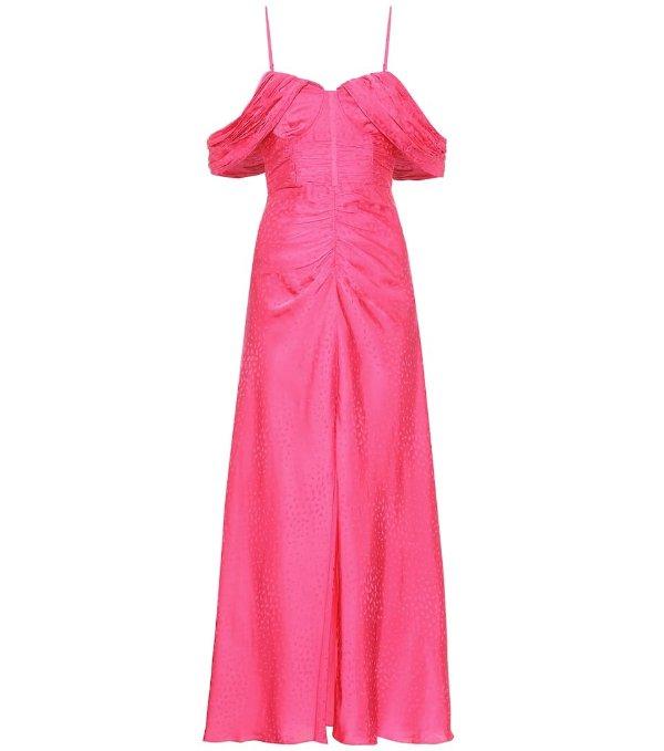 粉色露肩连衣裙