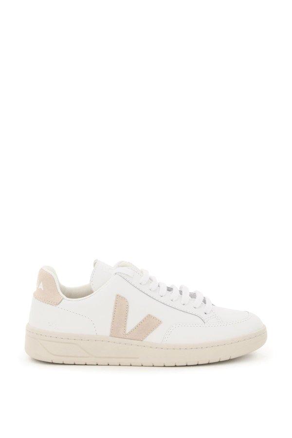 v-12 运动鞋 37码