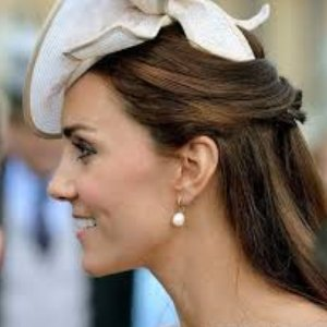 Dealmoon Exclusive! 50% OffWhite Topaz Pearl Drop Earrings @ Links of London