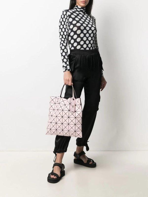粉色菱格纹包