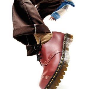 7.5折!1461小皮鞋£81Dr.Martens 爆款超低价 1460马丁靴、1461小皮鞋断码快!
