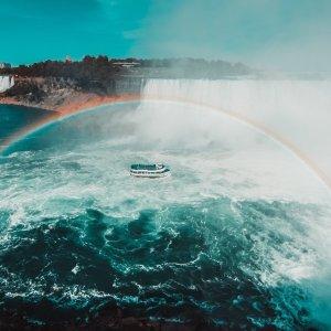 $125 近距离欣赏大瀑布尼亚加拉大瀑布雾中少女号游船套票好价 含午餐或晚餐