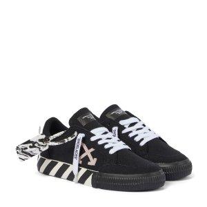 Off-White满£600减£100运动鞋