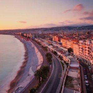 """$899起 一览戛纳""""蓝色海岸""""8日畅玩法国尼斯和意大利科摩机票酒店套餐"""