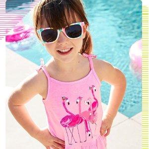T恤低至$4Carter's童装官网 低至5折初夏热卖,童鞋买一送一