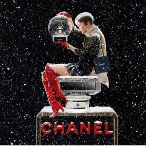 无门槛7.5折 满€99立享7折Chanel 香奶奶全线彩妆护肤香水热卖 新款限量5号香水也参加