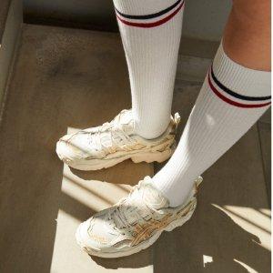 低至4.5折 运动鞋€32起入手ASICS 男女运动鞋热促 舒适专业 健身男神女神们必入