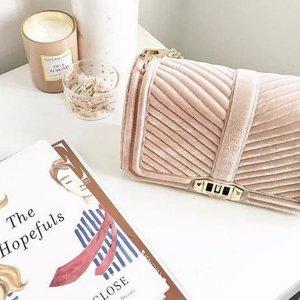 额外享75折+包邮最后一天:Rebecca Minkoff官网 美衣美包及配饰私密热卖 $73收丝绒链条包