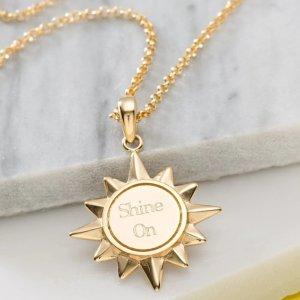 无门槛7.5折 创意满分黑五开抢:Lily Charmed 全场大促 用饰品说出你的爱