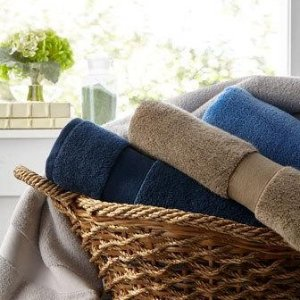 25% off + Free shippingSelect Towels on Sale @ Horchow