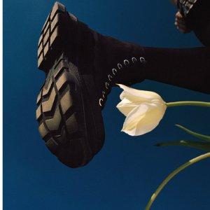 低至4折 粉色厚底鞋$264最后一天:Alexander Mcqueen 美鞋热卖 封面小黑鞋少量黄金码