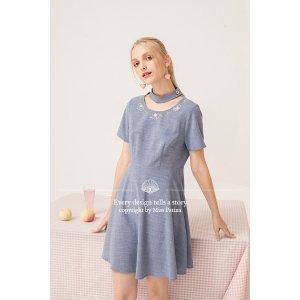 桃子连衣裙