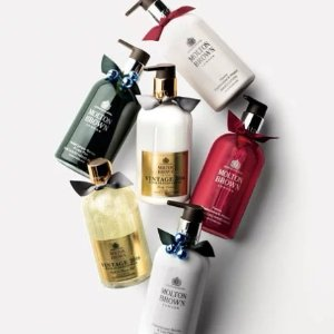 Up to 40% Off Molton Brown Holiday Collection Sale @Barneys Warehouse
