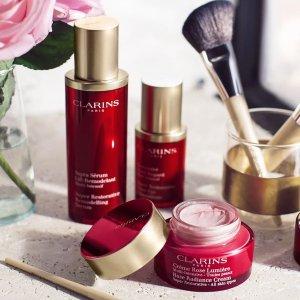低至8.5折 + 满赠3重好礼Clarins 美妆护肤热卖 收超值套装、保湿双萃精华