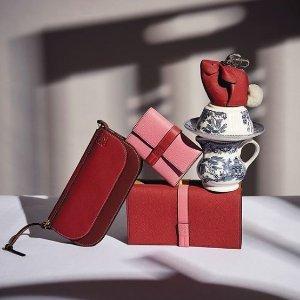 最高立减$300 收YSL、Loewe限今天:Saks 小件皮具大促 520精致礼物送最爱的TA