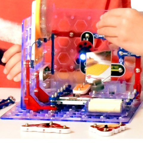 From $20.63Amazon Snap Circuits STEM Electronics Exploration Kits