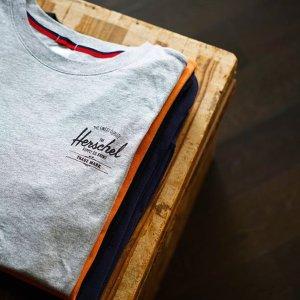 6折起 迷彩防雨夹克$109Herschel 精选卫衣、套头衫、外套热卖 反季收复古LogoT