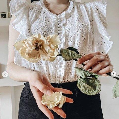 低至5折 £47收印花短袖The Kooples 法风美衣热卖 明星都爱的优雅法风