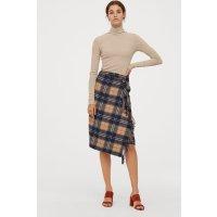 H&M 围巾款式半身裙