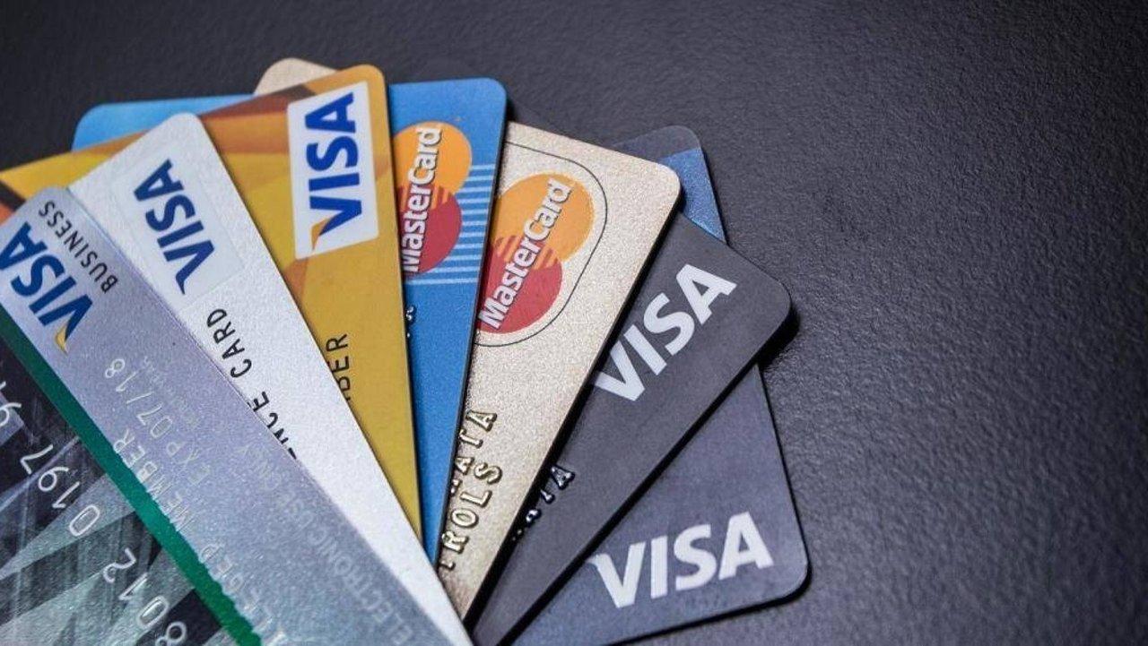 手把手在法国教你选择银行卡 | 交最少的费用,享受最多的福利