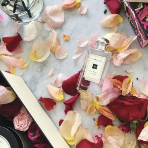 4 Deluxe Sampleswith your purchase of $130 or more @ Jo Malone