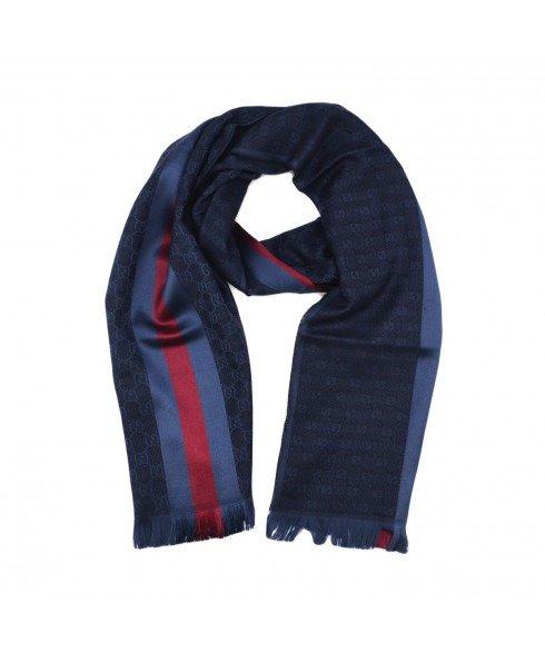 蓝红条纹围巾