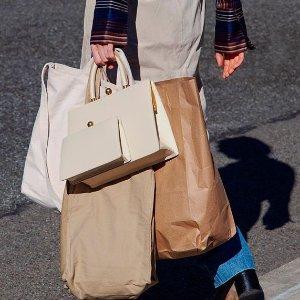 ★款满额8.8折 £316收黑尾小白鞋上新:Luisaviaroma 全场大促 Loewe、杨树林、麦昆超多大牌收到手软