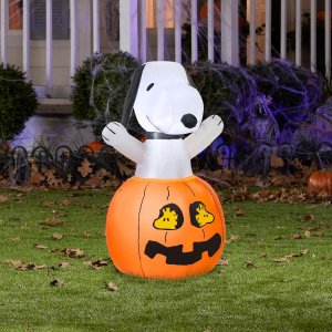 Gemmy 36 in. Inflatable Snoopy in Pumpkin with Woodstock
