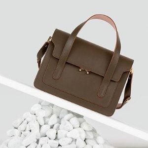 低至2.5折 祖母绿手包$168Marni 精选时尚单品热卖,新款马蹄包 $1227