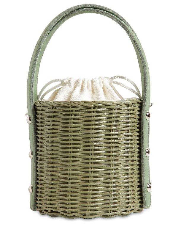 草绿色竹篮水桶包