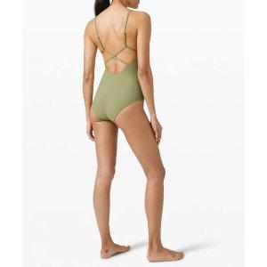 Lululemon一片式泳衣