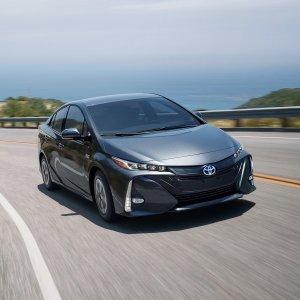 Year End2018 Toyota Prius Prime Plus Sale