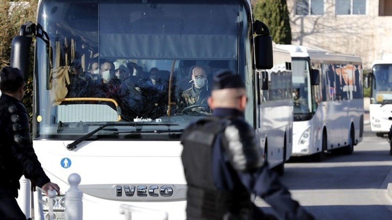 法国首例新型冠状病毒死亡病例出现!法国依旧称不会封锁意大利边境!