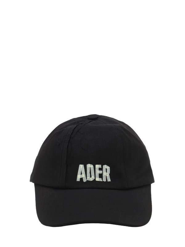 黑色logo棒球帽