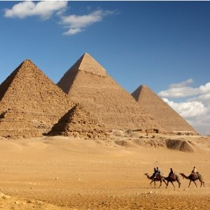 From $1599Air & 9-Day Upscale Tour of Egypt w/ 4-Day Nile Cruise