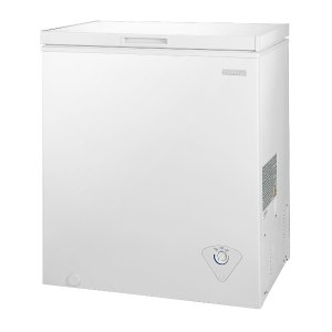 Insignia 5.0 Cu. Ft. Chest Freezer - White