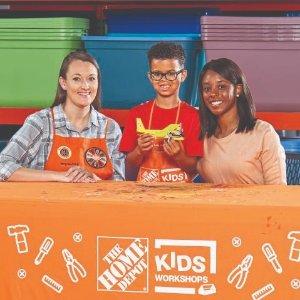 制作 消防飞机预告:10月 Home Depot 免费的儿童手工活动
