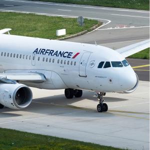巴黎到波尔多等地单程€40起Air France 法国境内航班特价 低过火车票的价格坐飞机
